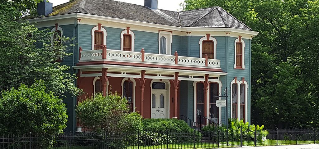painting services for Victorian house